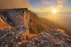 Paesaggio della natura di autunno della montagna Immagini Stock