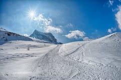 Paesaggio della neve della montagna delle dolomia nell'inverno Fotografia Stock