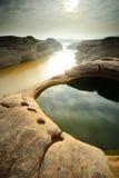 Paesaggio della roccia di riflessione a 3000Bok Fotografia Stock