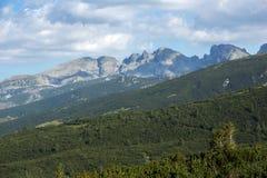 Paesaggio della roccia in montagna di Rila Fotografia Stock