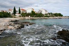 Paesaggio della spiaggia sull'Adriatico, Croazia immagini stock