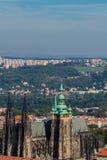 Paesaggio della st Vitus Cathedral dalla collina di Penrin Immagine Stock Libera da Diritti