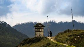 Paesaggio della valle di Phobjikha della montagna, Himalaya del Bhutan Immagini Stock