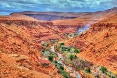Paesaggio della valle nelle alte montagne di atlante, Marocco di Asif Ounila Immagini Stock Libere da Diritti