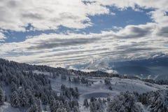 Paesaggio delle alpi della montagna della neve Fotografia Stock