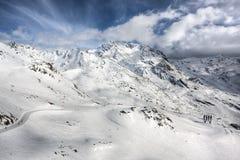 Paesaggio delle alpi di inverno dalla stazione sciistica Val Thorens Fotografia Stock Libera da Diritti