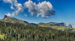 Paesaggio delle alpi italiane Immagine Stock