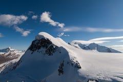 Paesaggio delle alpi svizzere e supporto Breithorn, cantone del Valais Fotografia Stock