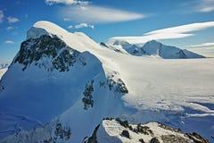Paesaggio delle alpi svizzere e supporto Breithorn, cantone del Valais, Svizzera Fotografie Stock Libere da Diritti