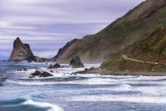 Paesaggio delle montagne e del mare. Immagini Stock Libere da Diritti