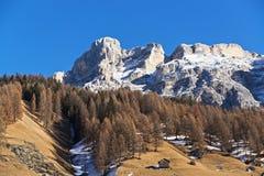 Paesaggio delle montagne nella stagione di autunno Fotografia Stock Libera da Diritti