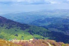 Paesaggio delle montagne verdi Fotografia Stock