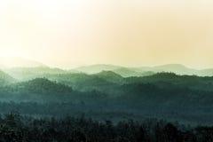 Paesaggio dello strato della montagna Fotografia Stock