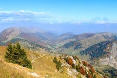 Paesaggio di autunno, alpi italiane Fotografie Stock Libere da Diritti