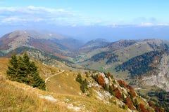 Paesaggio di autunno, alpi italiane Fotografie Stock