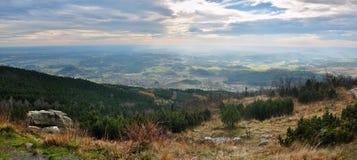 Paesaggio di autunno da una collina Fotografia Stock Libera da Diritti