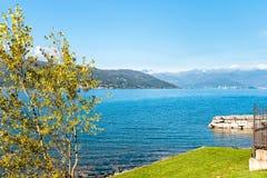 Paesaggio di autunno del lago Maggiore Immagine Stock