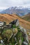 Paesaggio di autunno nelle montagne di Georgia Immagini Stock Libere da Diritti