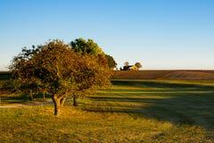 Paesaggio di autunno sull'itinerario chiamato Romantic Road, Germania immagini stock libere da diritti