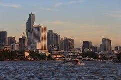 Paesaggio di Bangkok e del fiume Fotografia Stock