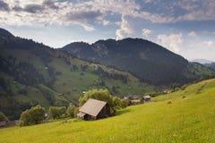 Paesaggio di estate sopra il villaggio Immagine Stock Libera da Diritti