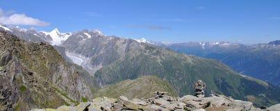 Paesaggio di estate in Svizzera Fotografie Stock Libere da Diritti