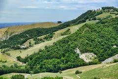 Paesaggio di estate vicino a Serramazzoni Modena, Italia Fotografia Stock
