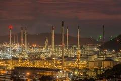 Paesaggio di industria della raffineria di petrolio Fotografie Stock Libere da Diritti