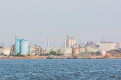 Paesaggio di industria a porto Fotografia Stock Libera da Diritti
