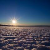 Paesaggio di inverno al sole Fotografie Stock Libere da Diritti