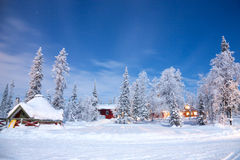 Paesaggio di inverno alla notte Immagine Stock Libera da Diritti
