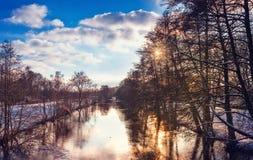 Paesaggio di inverno con lo sguardo di colore Fotografia Stock