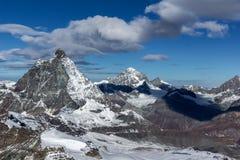 Paesaggio di inverno intorno al supporto il Cervino, alpi Fotografie Stock Libere da Diritti
