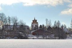 Paesaggio di inverno nella città Gammelstad, Svezia della chiesa Fotografie Stock Libere da Diritti