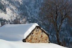 Paesaggio di inverno nella valle d'Aosta Immagini Stock Libere da Diritti