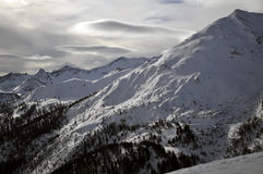Paesaggio di inverno nelle alpi Fotografia Stock