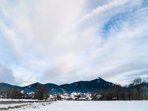 Paesaggio di inverno nelle alpi bavaresi fotografie stock