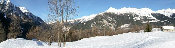 Paesaggio di inverno a Prato Leventina Fotografie Stock