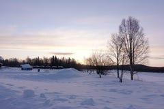 Paesaggio di inverno in una bella mattina Fotografie Stock