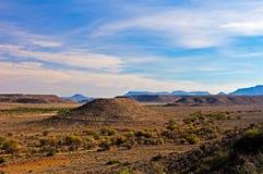 Paesaggio di karoo con la collina Piano-completata rotonda Immagine Stock Libera da Diritti