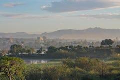 Paesaggio di lago Vittoria vicino alla città Kisumu nel Kenya Fotografia Stock