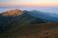 Paesaggio di mattina nelle montagne Fotografia Stock