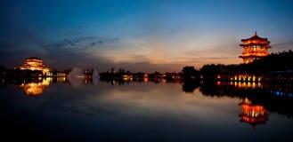 Paesaggio di notte del lago Fotografia Stock