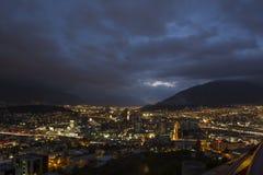 Paesaggio di notte di Città del Messico Immagine Stock