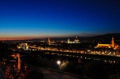 Paesaggio di notte sopra Firenze Immagini Stock
