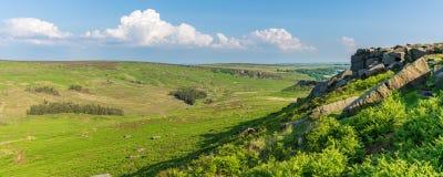 Paesaggio di punta del distretto, visto dal tor di Higger, South Yorkshire, Inghilterra, Regno Unito fotografie stock