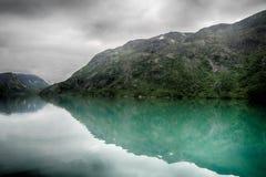 Paesaggio di riflessioni del lago in Europa Fotografie Stock Libere da Diritti