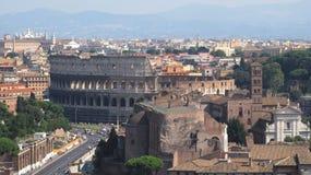 Paesaggio di Roma con il Coliseo Fotografie Stock