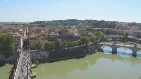 Paesaggio di Roma con il fiume del Tevere fotografia stock libera da diritti