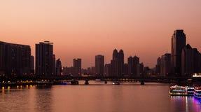 Paesaggio di sera del fiume delle Perle in Canton Cina Fotografie Stock Libere da Diritti
